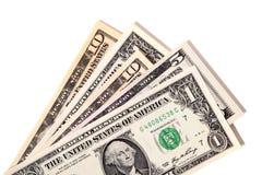 Fan av olika US dollarräkningar Arkivbilder