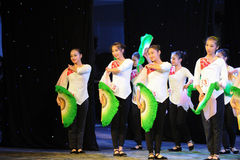Fan basic skills-The national dance training Royalty Free Stock Images