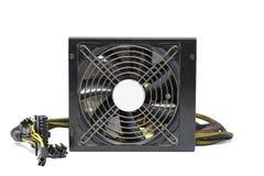 Fan d'alimentation d'énergie d'ordinateur avec le câble d'isolement sur le backgroun blanc photographie stock libre de droits