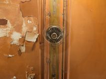Fan de plafond sur le vieux plafond Photo stock