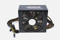 Fan dell'alimentazione elettrica del computer 850 watt con cavo per la torre piena di ATX immagine stock