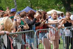 Fan di festival di musica di Tentertainment Fotografia Stock Libera da Diritti