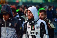 Fan di Juventus dopo il finale della lega dei campioni immagini stock