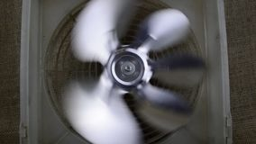 Fan giratoria del refrigerador - sistema de enfriamiento metrajes