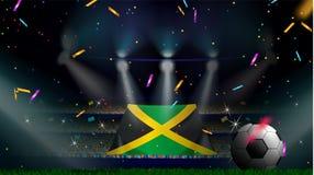 Fan trzymają flagę Jamajka wśród sylwetki tłum widownia w stadium piłkarski z confetti świętować mecz futbolowego royalty ilustracja