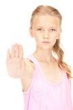 Fanale di arresto adorabile di rappresentazione della ragazza Fotografie Stock Libere da Diritti