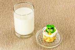 Fancy cupcake and milk Royalty Free Stock Photography