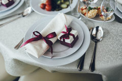 Fancy table set for a wedding dinner Royalty Free Stock Photos