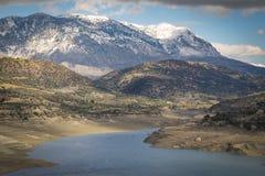 Faneromeni artifcial湖水坝 图库摄影