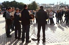 Fanfarekorps speelmuziek Stock Afbeelding