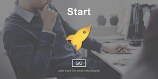 Fangen Sie oben Produkteinführungs-Anfang-Anfang an, Konzept zu beginnen Stockfotos
