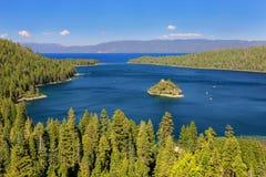 Fannette Island in Emerald Bay al lago Tahoe, California, U.S.A. fotografie stock
