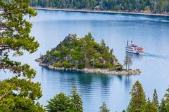 Fannette wyspy szmaragdu zatoka, Jeziorny Tahoe, Kalifornia usa Zwiedzający rejs Zdjęcie Stock