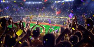 Fans auf Stadionsspiel-Panoramaansicht stockbild