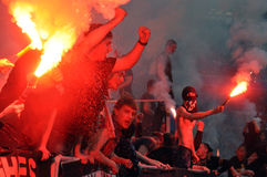 Fans avec des feux d'artifice déshabillés Photographie stock