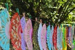 Fans colorées fleuries Photo libre de droits