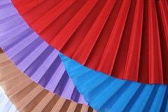 Fans colorées traditionnelles de flamenco images stock