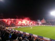 Fans de APOEL imagen de archivo