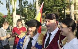 Fans de foot espagnols non identifiés avant match de l'EURO 2012 de l'UEFA dedans Photos libres de droits
