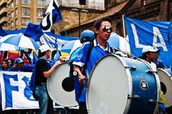 Fans del equipo de fútbol de Millonarios Foto de archivo
