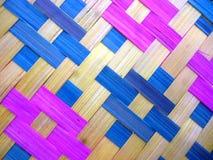 Fans en bambou colorées comme fond Photos libres de droits