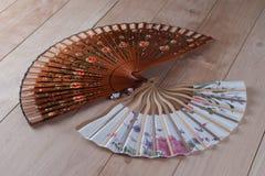 Fans españolas y japonesas de la mano Imagen de archivo libre de regalías