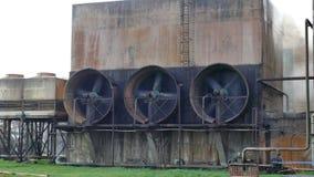 Fans grandes en la planta industrial almacen de video
