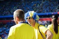 Fans suédoises au stade de football Images libres de droits