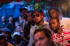 Fans während des Fußballspiel Weltcups Nigeria-Mexiko stockbild