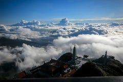 Fansipan is de hoogste berg in Vietnam stock foto