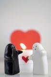 Fantômes du jour de Valentineavec la bougie et le foyer Images libres de droits