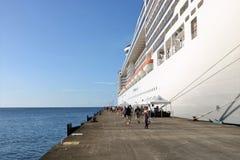 Fantasía del MSC del barco de cruceros en el ` s, Grenada de San Jorge imagenes de archivo