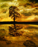 Fantasía tempestuosa de la orilla del lago stock de ilustración