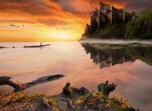Fantasie fairytale kasteel op de overzeese klip Royalty-vrije Stock Foto