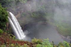 Fantasie-Insel-Wasserfall Lizenzfreie Stockbilder