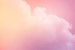 Fantasiewolk en hemel met de kleur van de pastelkleurgradiënt Stock Foto