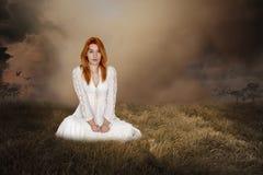 Fantasikvinna, Imagaination, fred, hopp, förälskelse royaltyfri foto