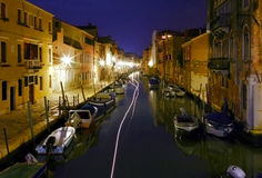 Fantasma Vhip sul canale di Venezia di notte Fotografia Stock Libera da Diritti