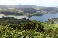 A fantastic view of the double lake & x28;Lagoa Verde and Lagoa Azul& x29; in Sete Cidades. The island of San Miguel Stock Photo