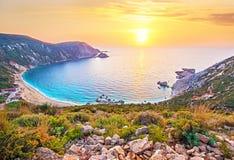 Fantastically mooi landschap met het strand bij zonsondergang in Peta Royalty-vrije Stock Foto