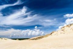 Fantastische aarde Overzees dichtbij woestijn Royalty-vrije Stock Afbeeldingen