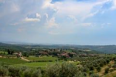 Fantastische Ansicht eines Italien-Landsitzes am sonnigen Tag stockbilder