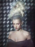 Fantastische blonde in de sneeuw. Royalty-vrije Stock Foto