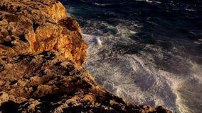 Fantastische kleurrijke Mediterrane kustlijn stock footage