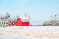 Fantastische Morgen-Landschaft mit frischem Schnee Stockbilder