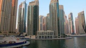 Fantastischer Dubai-Jachthafen, Vereinigte Arabische Emirate stock footage
