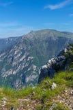 Fantastischer Gebirgszug Ort des Nationalparks berühmter Platz Durmitor, Balkan Das Dorf von Zabljak, Montenegro Europa Stockfoto