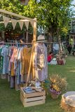 Fantastischer moderner handgemachter Markt in Baan Kang Wat in Chiang Mai Stockbilder