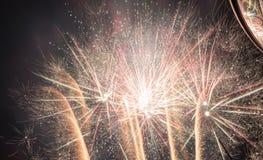 Fantastisches Feuerwerk stockfotografie