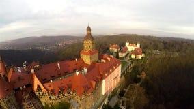Fantastisk flyg- slott i Polen stock video